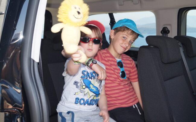boys in minivan