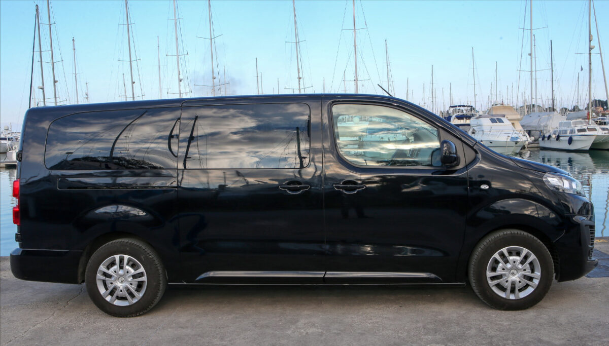 minivan corfu